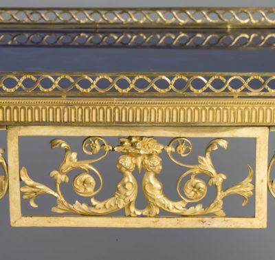 Exceptionnelle table en bronze doré - Patrimoine Charles-André COLONNA WALEWSKI, en ligne directe de Napoléon