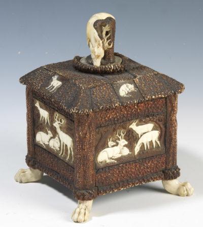 Boîte à thé souvenir de Rachel - Patrimoine Charles-André COLONNA WALEWSKI, en ligne directe de Napoléon