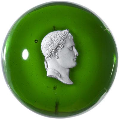 Boule sulfure avec portrait de Napoléon - Patrimoine Charles-André COLONNA WALEWSKI, en ligne directe de Napoléon