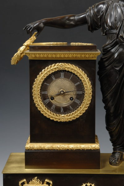 la pendule Napoléon régulateur - Patrimoine Charles-André COLONNA WALEWSKI, en ligne directe de Napoléon