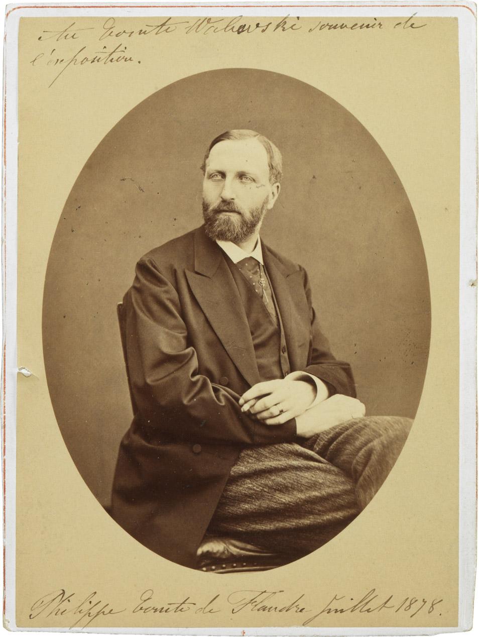 Photographie du comte de Flandre dédicacée au comte Walewski - Patrimoine Charles-André COLONNA WALEWSKI, en ligne directe de Napoléon