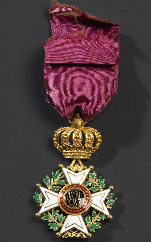 Croix d'Officier de l'Ordre de Léopold (ROYAUME DE BELGIQUE) - Patrimoine Charles-André COLONNA WALEWSKI, en ligne directe de Napoléon