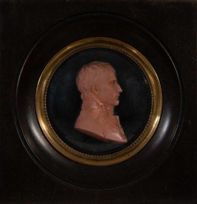 Médaillon en cire représentant Napoléon 1er