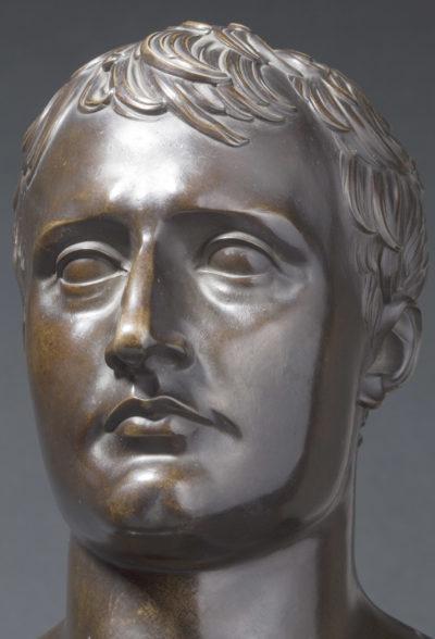 Pendule : Buste de Napoléon - Patrimoine Charles-André COLONNA WALEWSKI, en ligne directe de Napoléon